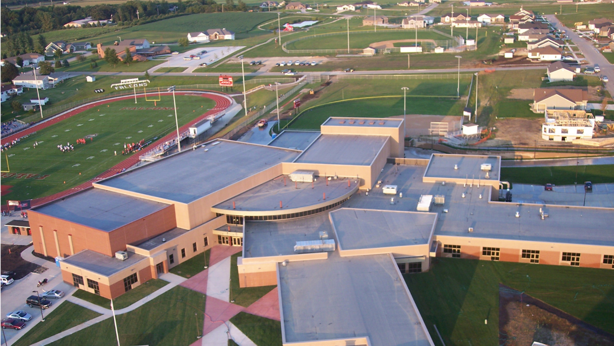 Aplington Parkersburg High School Photo